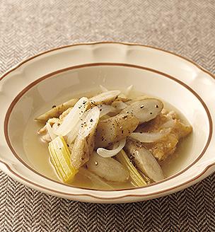 ごぼうと鶏肉の白ワイン煮