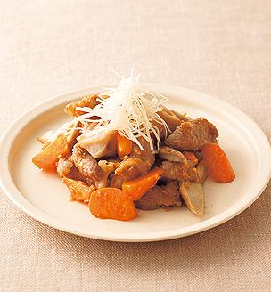 豚肉と素揚げ根菜のしょうがダレ炒め