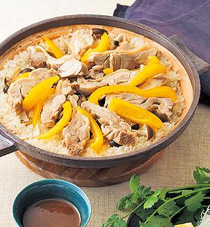 海南風  鶏の土鍋ごはん