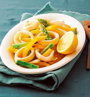いかと初夏の野菜のレモン炒め