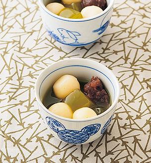 豆腐白玉の緑茶あんみつ