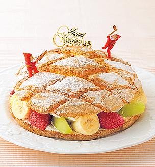 フルーツサンドクリスマスケーキ
