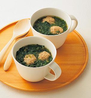 ほうれん草と鶏団子のとろとろスープ