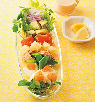 ゆで卵と春野菜のサラダ