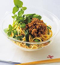 春の香り野菜と肉味噌の和え麺