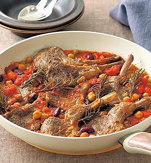 ラムチョップと豆の煮込み
