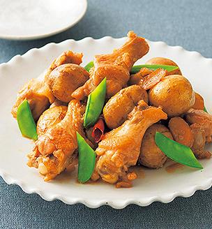 新じゃがいもと鶏手羽元の甘辛煮