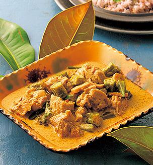 鶏肉とオクラのココナッツカレー煮
