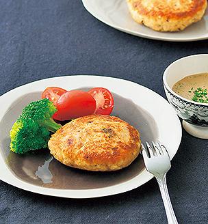 鮭缶と豆腐のハンバーグ