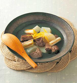 大根とねぎ、牛肉のスープ