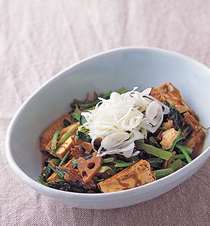 厚揚げと青菜の根菜味噌炒め