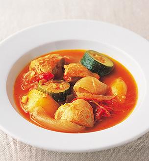 鶏のトマト煮込み パプリカ風味