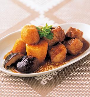 里芋と豚バラ肉の中華風煮込み