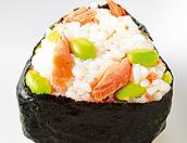 塩鮭と枝豆のおむすび